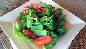 Cha broccoli oyster sauce