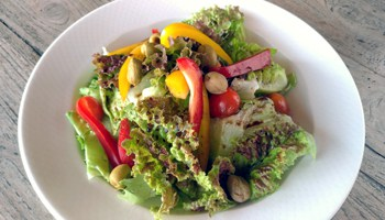 Vegetarian Italian garden salad