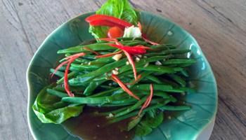 Sauteed baby bean garlic sauce